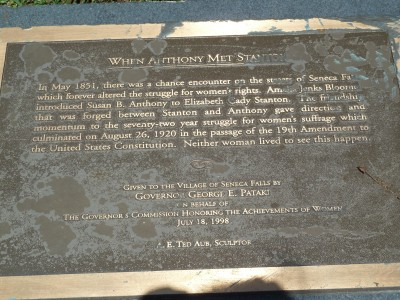 The plaque describing how Susan B. Anthony and Elizabeth Cady Stanton met.